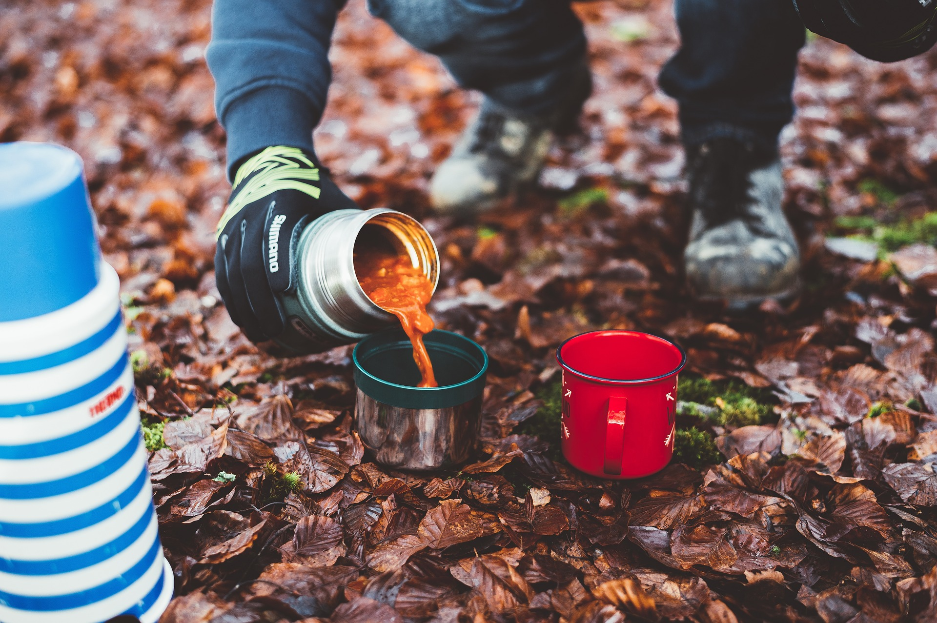 camping food stew thermos cooking pixabay