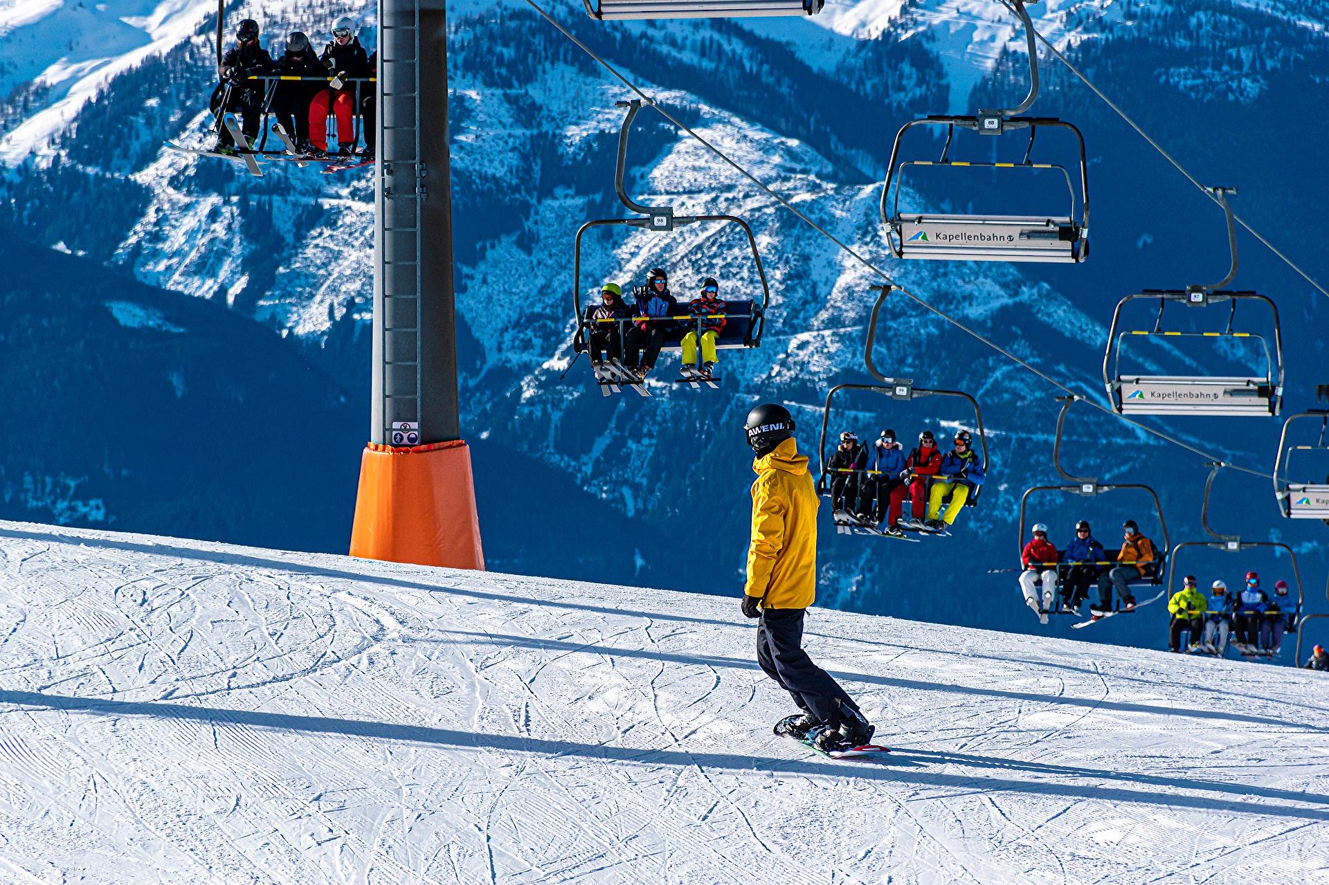 snowboarding winter sports pixabay