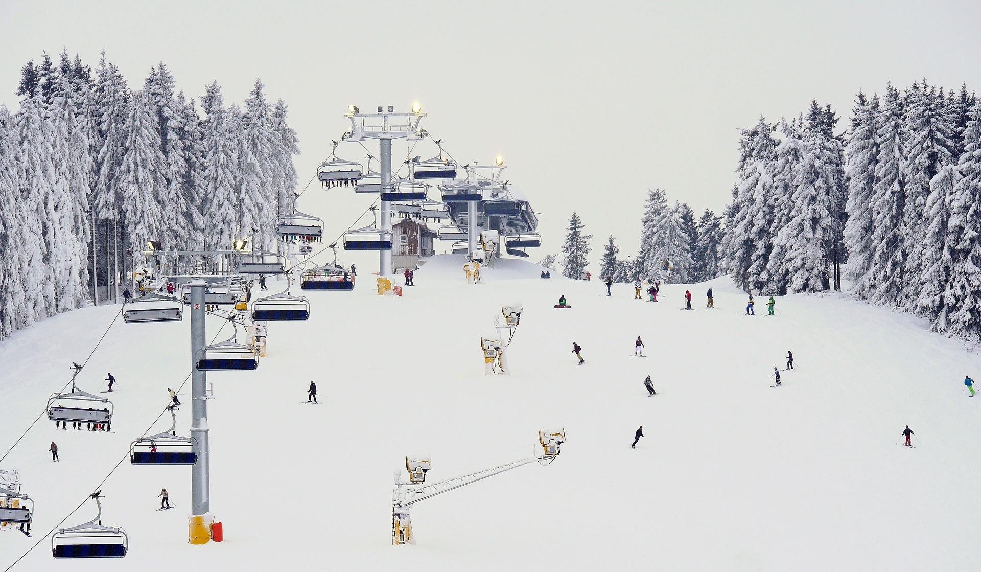 winterberg skiing snowboarding pixabay winter sports
