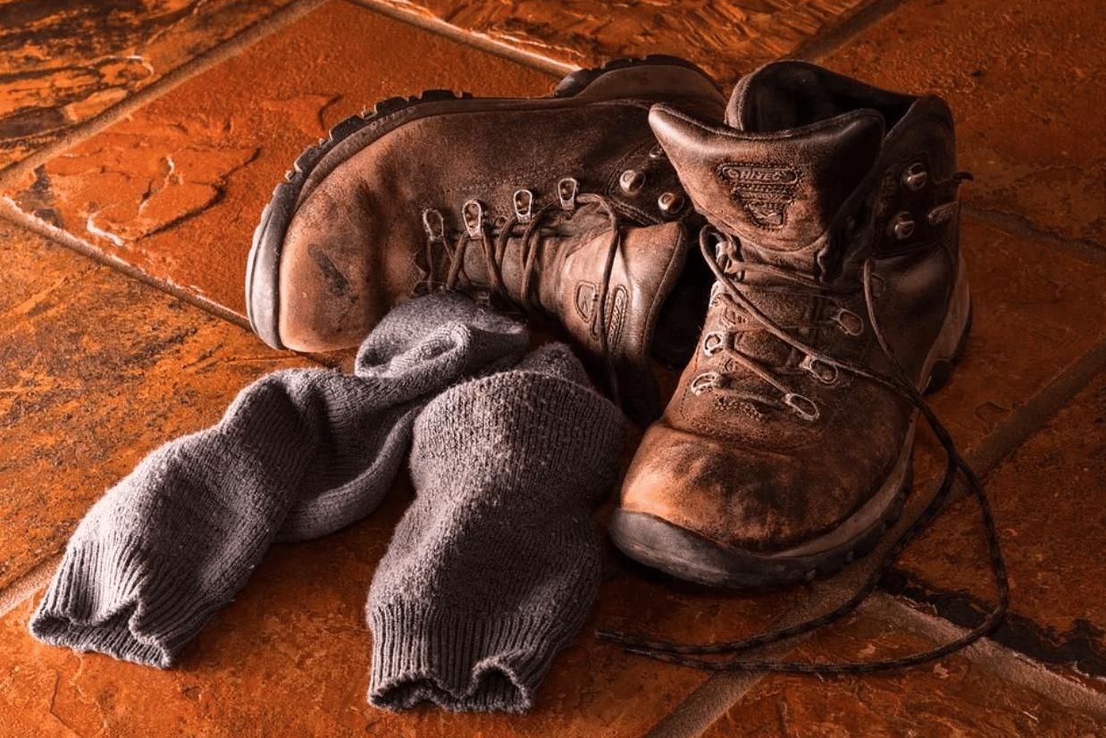 hiking socks boots pixabay