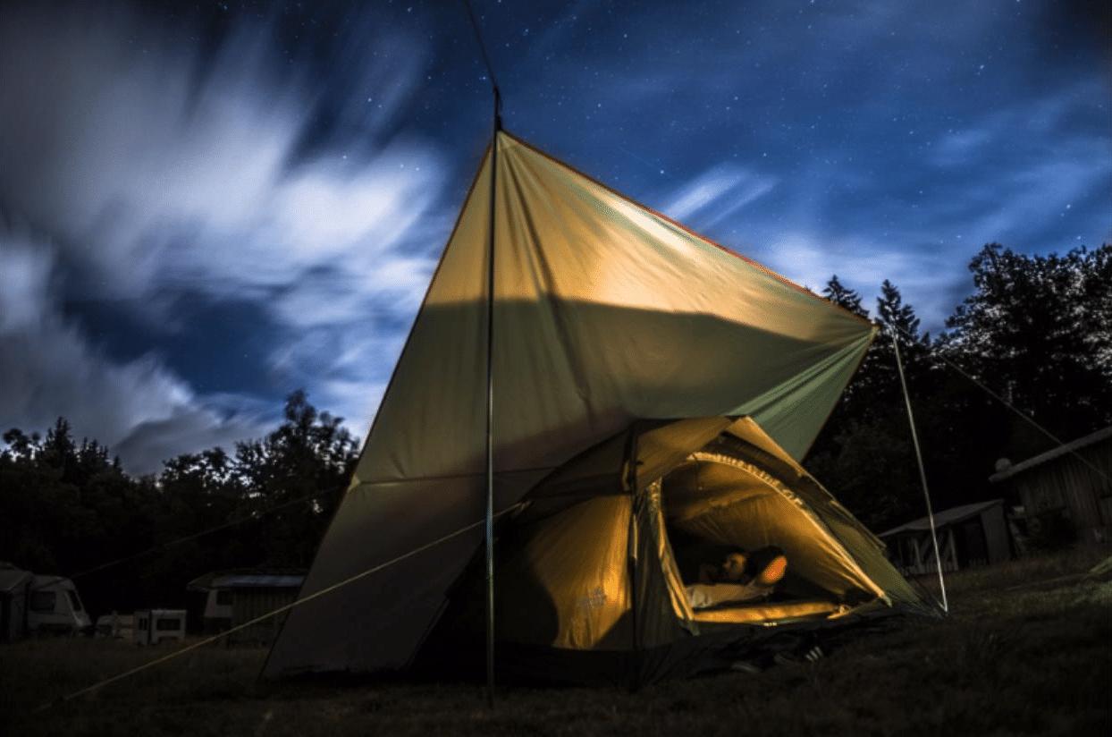 tent camping sleeping bag